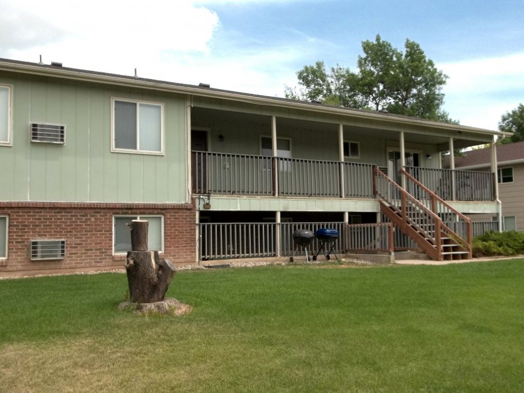 Fort Collins Apartment for Rent – 1713 Erin Ct. #4