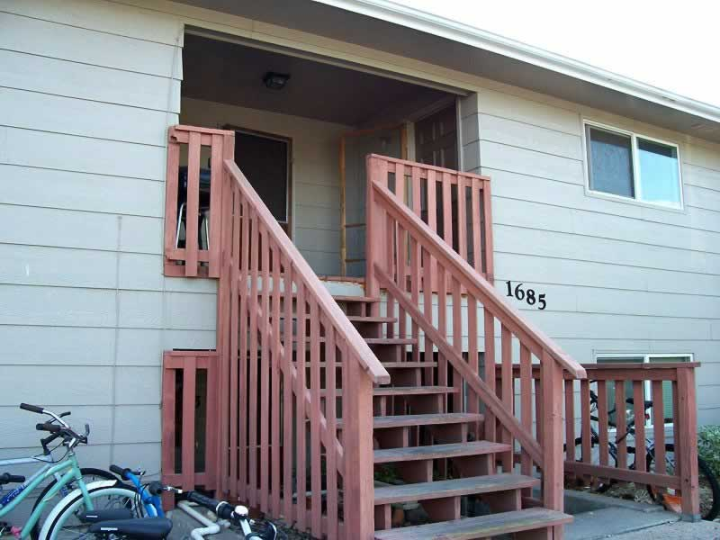 Fort Collins Apartment for Rent – 1685 Riverside Ave. #3