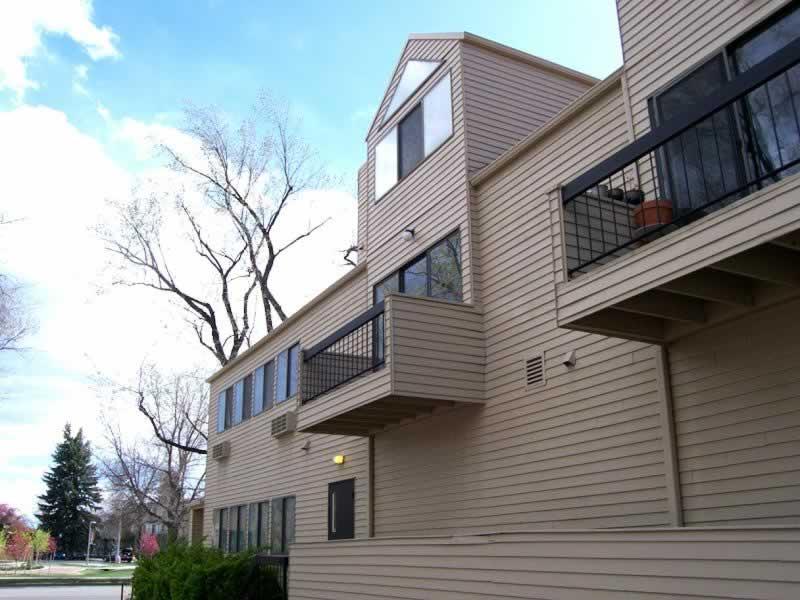 Fort Collins Apartment for Rent – 524 W. Laurel St., Unit B