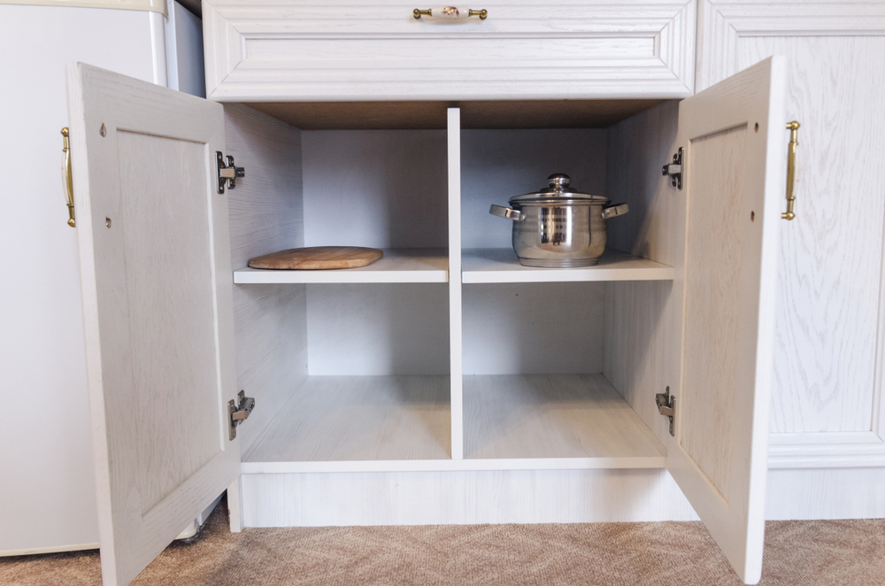 unused space in kitchen cabinets