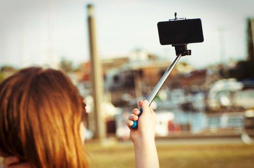 facebook life selfie stick
