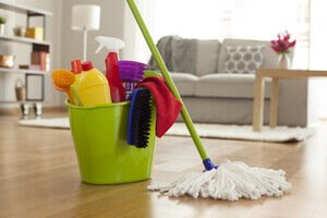 splitting household chores with roommates